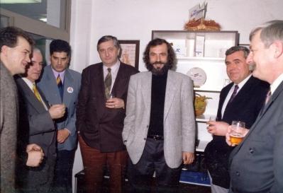 Novogodišnji proslava Nove demokratije, Premijer Mirko Marjanović, predsednik SPO Vuk Drašković i gospodin Azem Vlasi, 1993-1994