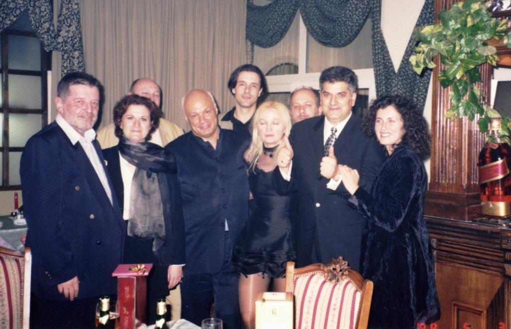 Predstava Zagonetne varijacije i izdavačka kuća Nea, Tahir Hasanović