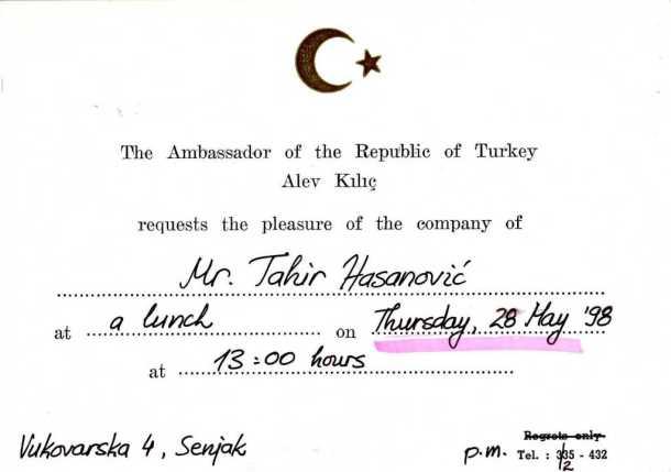 Jedan dan u životu, prijem u ambasadi Turske