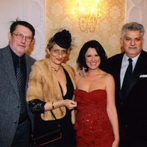 Tahir Hasanović sa suprugom Marinom, Isidorom Bjelicom i NebojšomPajkićem